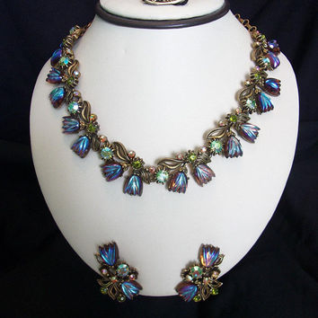 Florenza Victorian Revival Iridescent Purple Molded Glass Tulip Rhinestone Necklace & Earrings Set
