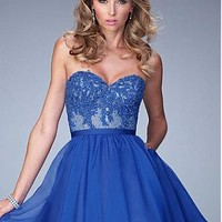 Buy discount Fantastic Silk-like Chiffon & Tulle Sweetheart Neckline A-Line Homecoming Dresses With Beaded Lace Appliques at Dressilyme.com