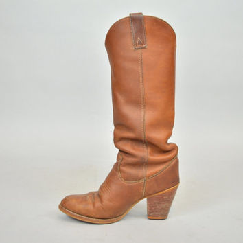 vintage 1980's knee-high ZODIAC bohemian hippie distressed LEATHER BOOTS, 7.5 5 38