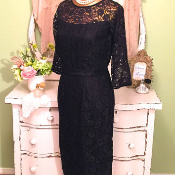 Vintage Lace Dress, 1950s Black Hour Glass, Classic 50s Wiggle Dress, Size Medium, Vintage Clothing, Retro Dresses, Chic Bombshell Dress