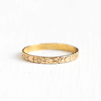 Vintage 10k Rosy Yellow Gold Flower & Heart Baby Eternity Ring - Art Deco 1930s Size 1 1/4 Midi Dainty Floral Fine Children Charm Jewelry