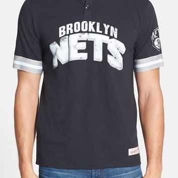 Men's Mitchell & Ness 'Brooklyn Nets - Game Ball' Tailored Fit Short Sleeve Henley