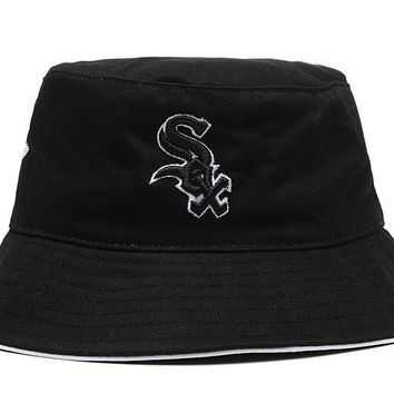 PEAPON Chicago White Sox Full Leather Bucket Hats