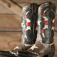 Clearwater Boot – Aged Gray & Black