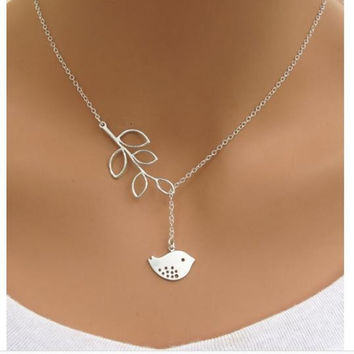 1Pcs Cute Laurel Leaf Cruz Bird Pendant Necklace For Women Gift Jewelry Birdie Animal -03327