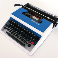 Underwood Typewriter Model 315 Blue White / Ettore Sottsass