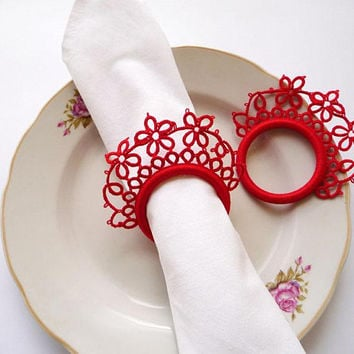 Wedding red tatting lace napkin rings-set of two-winter wedding-wedding decor-table decor-handmade lace-christmas wedding-victorian style