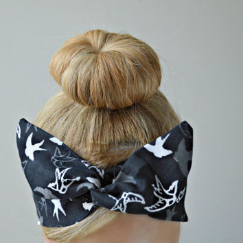 Black bird Dolly bow, hair bow head band, hair bow
