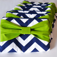 Set of 10 Bridesmaids Clutch Bridesmaid Pouch Bridal Clutch Bridal Accessories Case Zippered Navy & White Chevron with Lime Green Bow