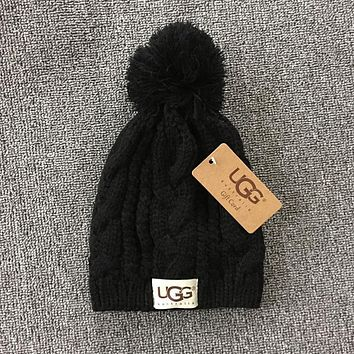 63f92138325 UGG Woman Men Fashion Winter Knit Hat Cap