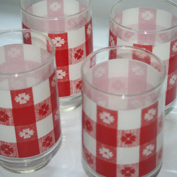 Red and White Glasses, Retro Glass Set
