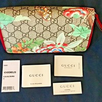 AUTHENTIC GUCCI Floral Canvas & Leather GG Supreme, Zip Around Wallet Clutch-NIB