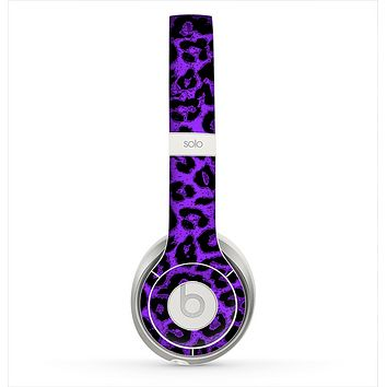 The Vibrant Violet Leopard Print Skin for the Beats by Dre Solo 2 Headphones