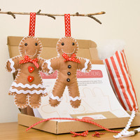 Mr and Mrs Gingerbread Christmas Decoration Craft Kit