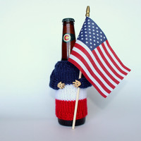 Beer koozie. 4th of July beer coozie. Knit bottle sleeve. Independence Day. Beer holder. Colorado beer. Beer accessories. Red blue white