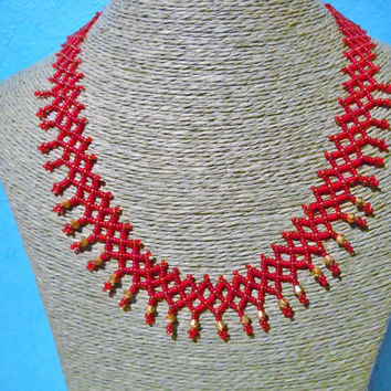 Red Netting necklace with goldcoloured Swarovski crystal, handmade jewelry, crystal necklace, crystal jewelry, red necklace, red jewelry