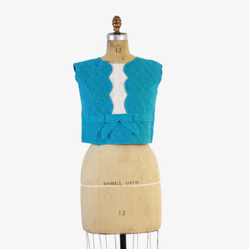 Vintage 60s BLOUSE / Bright Turquoise Blue & White 1960s Cropped LACE Sleeveless Top S - M