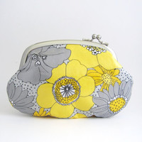 Frame Purse- yellow gray flower oilcloth
