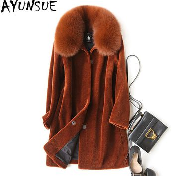 AYUNSUE 2018 Natural Sheep Shearing Fur Coat With Real Fox Fur Collar Winter Jacket Women Medium Length Warm Overcoat WYQ910