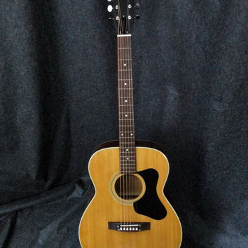 Vintage Madeira Guild A2 Acoustic Guitar made in Japan