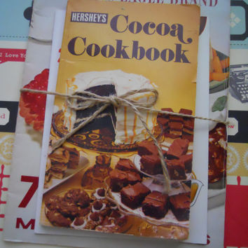 MOVING SALE Bundle of 3 Retro Mid Century Cookbooks by ZoeAmaris