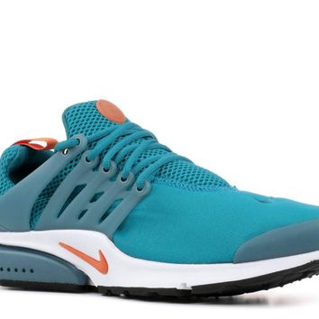 NIKE AIR PRESTO ESSENTIAL - 848187-404