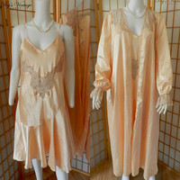 Vintage Peachy Pink Peignoir Set, Romantic Lacey Peignoir Set, Vintage Wedding Lingerie Size L