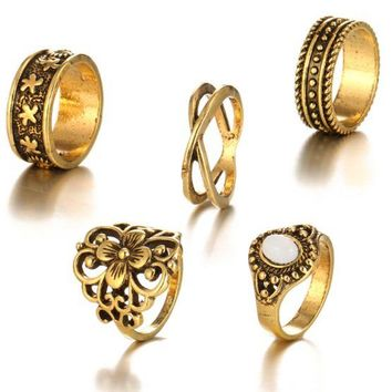 ONETOW The new retro hollow carved pattern pattern inlaid precious stones joint ring 5 sets of combinations