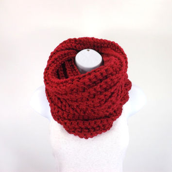 Chunky Cowl Neck Warmer // The Northbay // in Cranberry