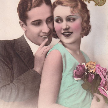 Vintage French Romantic lovers  postcard . Romantic couple  post card.