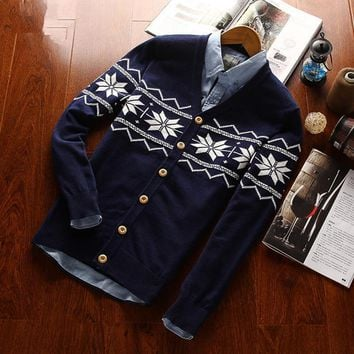 100% cotton Snowflake/Holiday Sweater