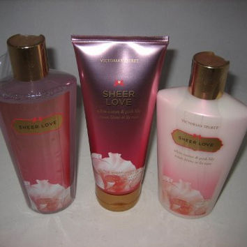 Victoria's Secret Fantasies Sheer Love Gift Set