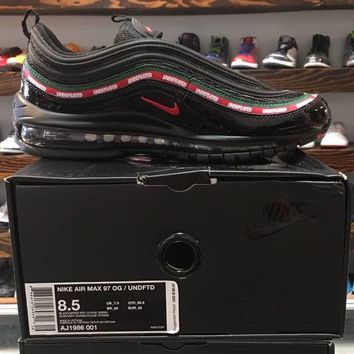 NIB Nike x Undefeated Air Max 97 OG Triple men shoes . US 10