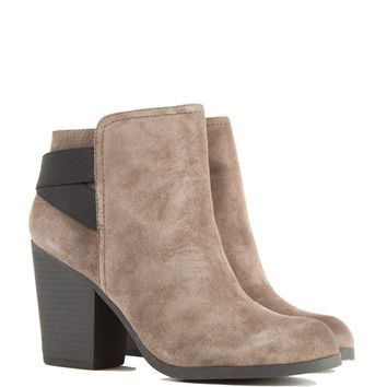 Kenneth Cole Heeled Booties in Brown
