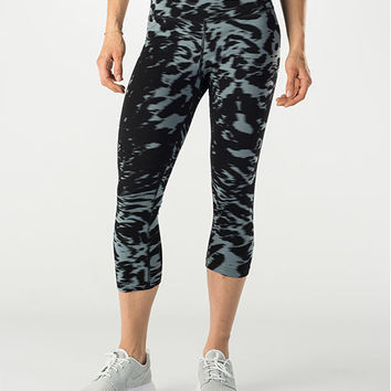 Women's Nike Legend Dri-FIT Cotton Filter Tight Capris