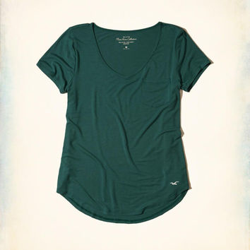Girls Must-Have Easy Pocket T-Shirt | Girls New Arrivals | HollisterCo.com