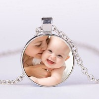 Personalized Photo Pendants Custom Necklace Photo of Your Baby Child Mom Dad Grandparent Loved One Gift for Family Member LY200