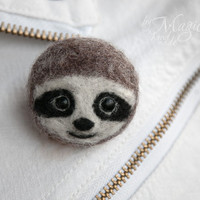 Felted sloth pin, animal brooch, needle felted sloth, gift, sloth jewelry, handmade