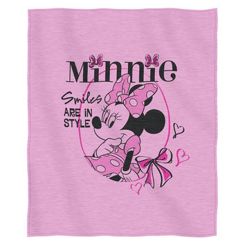 Minnie Mouse Smiles In Style  Sweatshirt Throw (50 x 60)