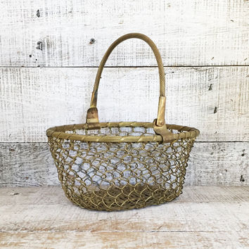 Brass Basket Mid Century Brass Basket Retro Gold Metal Wire Basket Metal Coil Basket Retro Fruit Bowl Vintage Metal Wire Basket Unique Gift