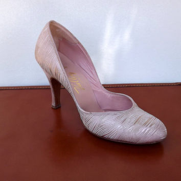 Satin Pink High Heel Spike Shoes, Womens Vintage 1950s Stiletto Pumps, Size 7.5 A Narrow