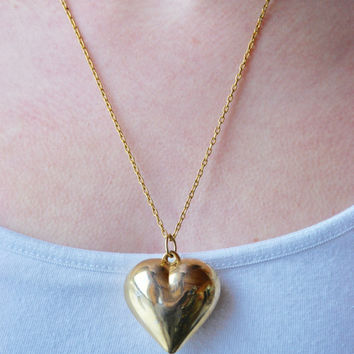 Vintage Puffy Heart Necklace Gold Tone Heart Pendant Love Valentine's Day Mother's Day 1980's // Vintage Costume Jewelry
