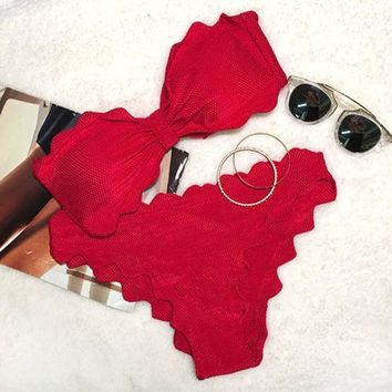 ONETOW Day-First? Red Lingering Kiss Waves Bikini Set