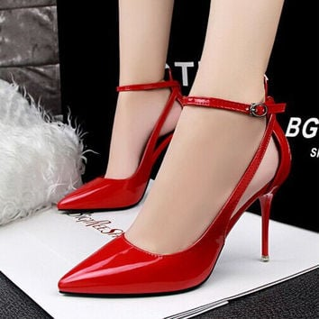 Fashion Hollow Buckle Shallow Mouth Pointed Toe Shoes Sandals Shoes Women Heels Shoes
