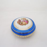 Vintage Limoges French Porcelain Trinket Box La Reine Porcelaine B33B,Vintage Trinket Box, Limoges Trinket Box in Blue