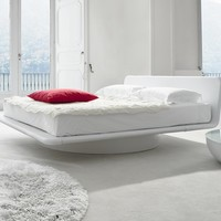 SWIVEL UPHOLSTERED BED GIOTTO | BONALDO