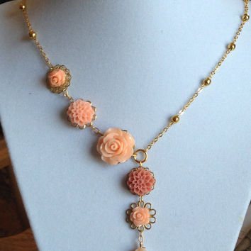 Bridesmaids Jewelry Gift Pearl Necklace Peach/Coral Flower Filigree Gold Chain Choice of lenght