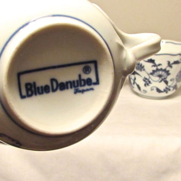 Blue Danube Coffee Tea Cups, Set of 3 Replacement Blue Onion Pattern Coffee Tea Cups, Replacement cups, Drinkware, laslovelies