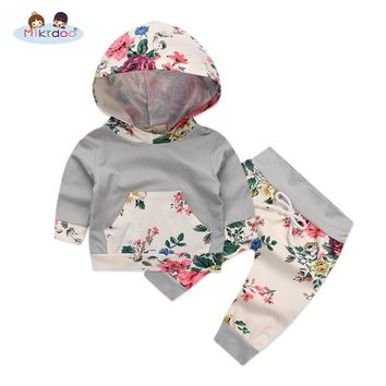 Baby girl clothes 2018 winter spring casual baby girl outfit Hooded Sweatshirt Striped Pants 2pcs Cotton chrildren Tracksuit set
