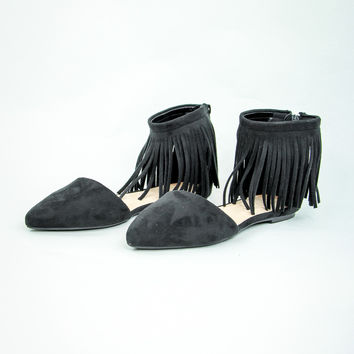 Fierce Fringed Flats in Black
